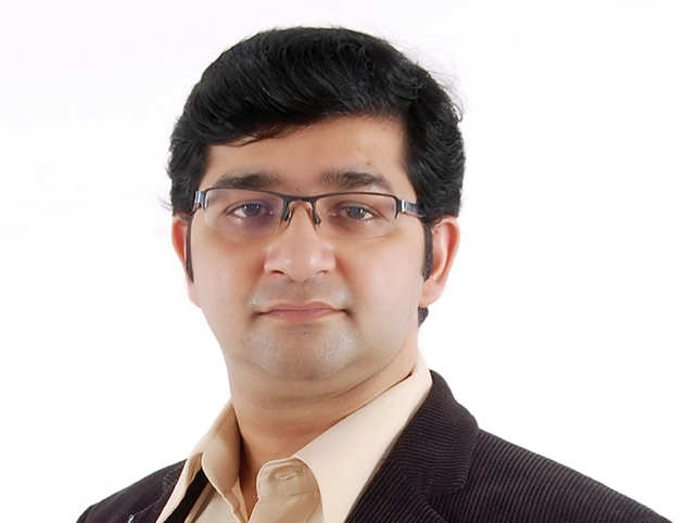 Sumit-Agarwal-Founder-&-CEO
