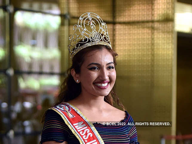 Indian-origin contestant collapses before final Miss World America competition night
