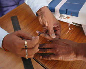 Towns tepid, voting higher in rural areas in Maharashtra and Haryana