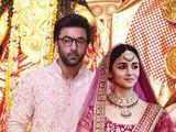 No, Alia Bhatt & Ranbir Kapoor aren't getting married. Fake wedding card goes viral, & fans can't keep calm