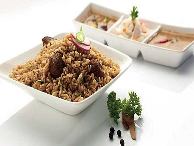 For the love of chicken & mutton biryani: How political gatherings helped caterers grow big