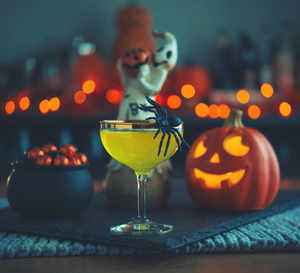Planning a low-key Halloween party? Last-minute recipes for filling meal, delicious cocktail