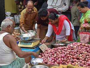 Onion price rise due to fall in output, relief by November end: Ram Vilas Paswan