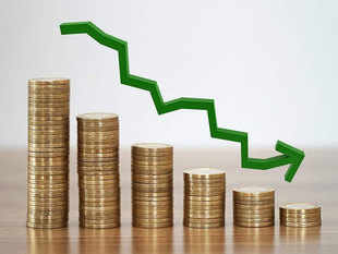 Flows into equity MFs drops 8.8% to Rs 6,026 cr in October: AMFI