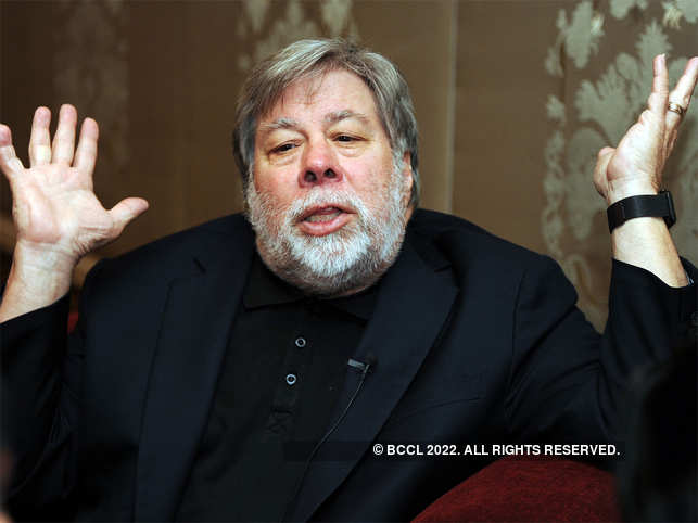 Steve Wozniak joins 'sexist' Apple Card debate; says it gave wife lower credit limit