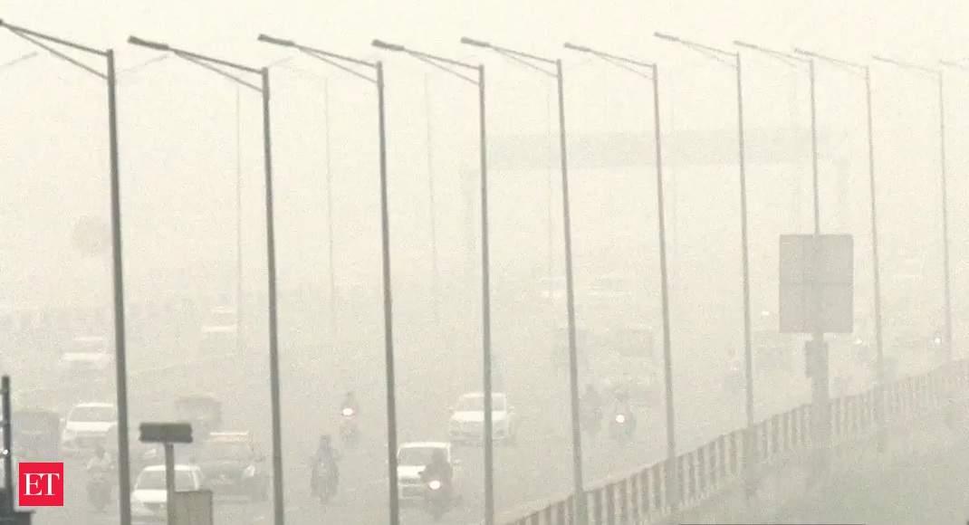 Delhi Air Pollution: Toxic air leaves Delhiites gasping for breath
