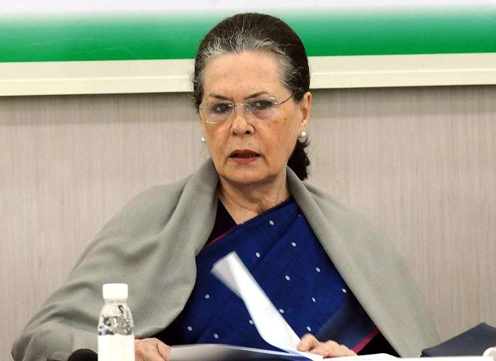 Form govt or Congress will be finished in Maharashtra, Sonia Gandhi told