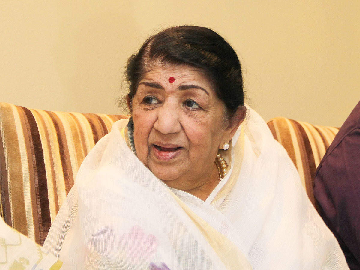 lata mangeshkars spokesperson says singer is recovering requests fans to not react to needless rumours