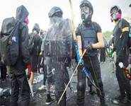 HK protesters resort to medieval weapons