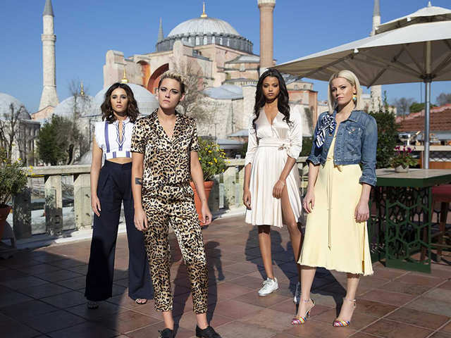 'Charlie's Angels' review: Carries its agenda from the start; does not have inventive action scenes