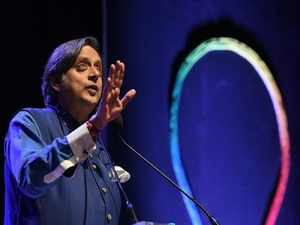 Shashi Tharoor BCCL