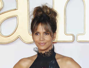 Halle Berry injured during shooting of her directorial debut 'Bruised'