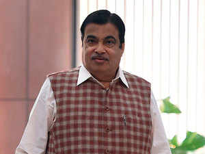 Shiv Sena-NCP-Congress alliance unlikely to last beyond 6-8 months: Nitin Gadkari
