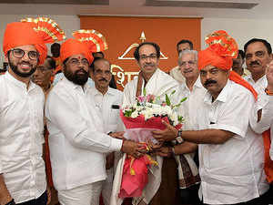 Consensus on Uddhav Thackeray to lead Maharashtra govt: Sharad Pawar
