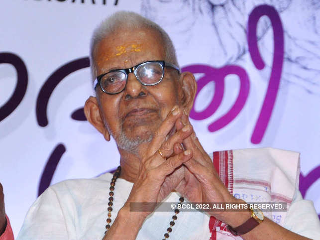Akkitham has authored 55 books out of which 45 are collections of poems including 'Khanda Kavyas', 'Katha Kavyas', 'Charitha Kavyas' and songs. 