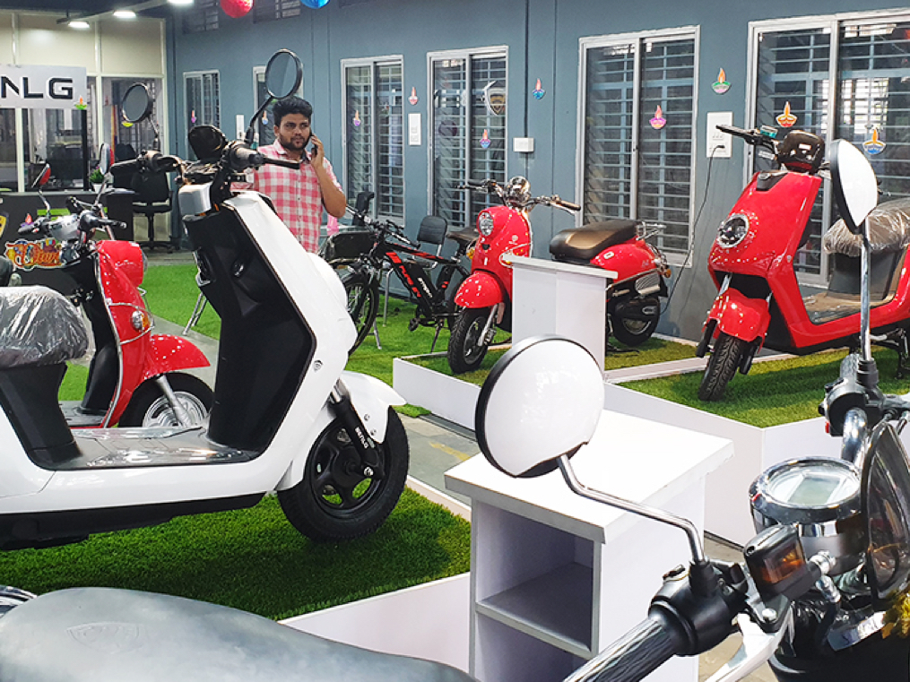 No need for licence, RC, and helmet: how Benling is sidestepping the Motor Vehicles Act
