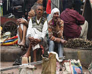 Joblessness takes a toll on India's poor