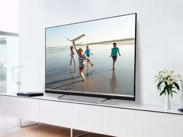 ​The TV comes with DTS TruSurround Sound that creates a 5.1 channel surround sound output.​