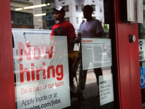 Strong US job growth highlights economy's resilience