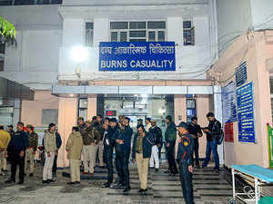 Unnao rape victim, who was set ablaze, dies due to cardiac arrest at Delhi Hospital