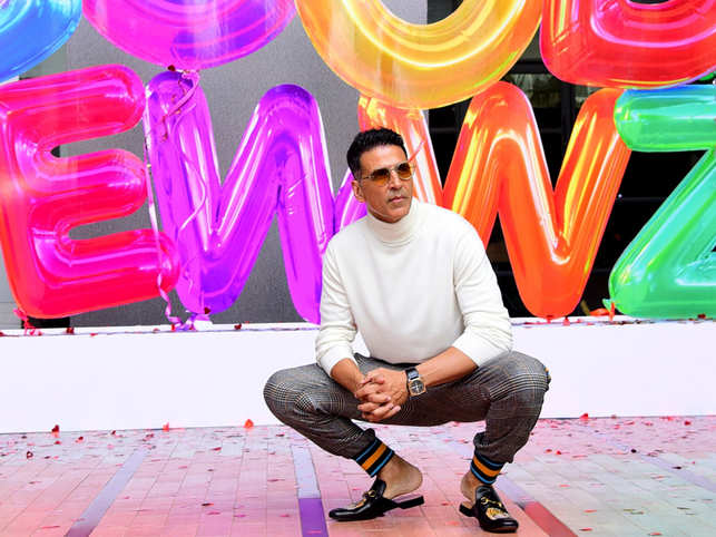 Akshay Kumar shuts trolls once & for all, says he has applied for an Indian passport