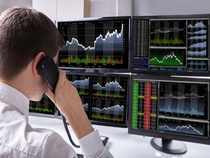 stock broker-shutter