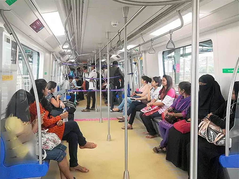 How Indian women commute: The daily battle of going to work