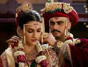 'Panipat' row: Vasundhara Raje unhappy with Maharaja Surajmal's portrayal, Raj minister wants film banned