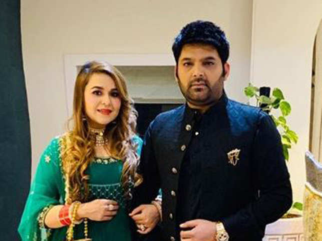 Kapil Sharma, Ginni Chatrath blessed with a baby girl; B-town congratulates