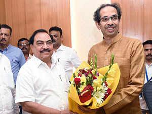 Eknath Khadse meets Uddhav Thackeray, says not upset with BJP