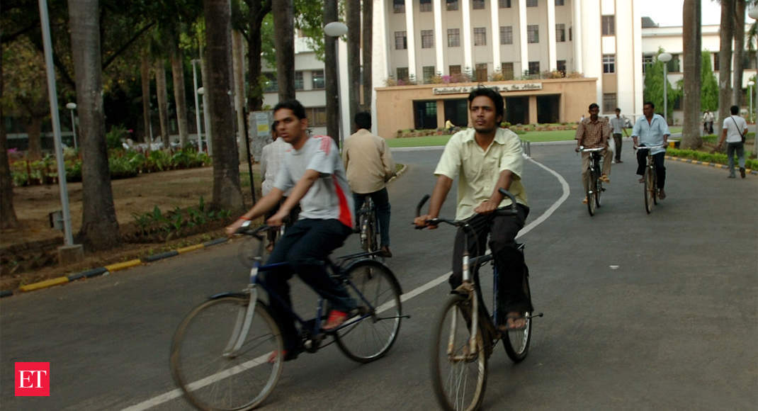 IIT Kharagpur students receive 1300+ jobs in 11 days