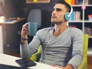 listening-thnkstck