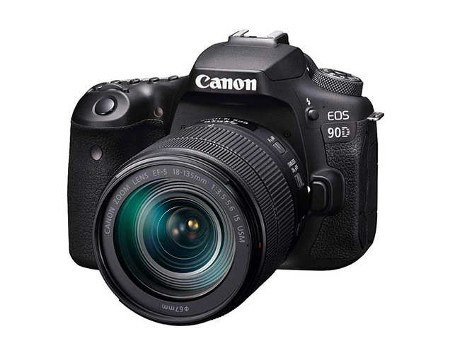 Videographers will be delighted to see accurate and reliable autofocus
