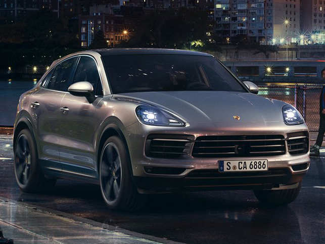 ​​Porsche ​Cayenne Coupé​ offers the option of an extra sporty variant within the SUV range.​