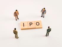 IPO-4--shutter