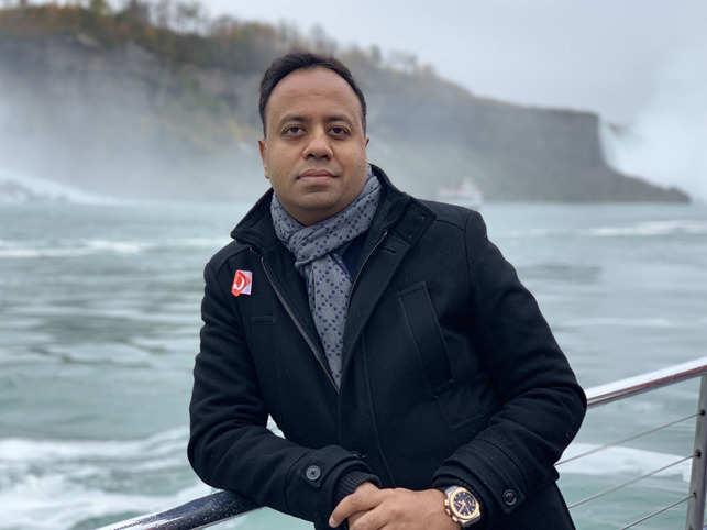 Ayush Lohia said that he would like to return to Switzerland for its lakes.