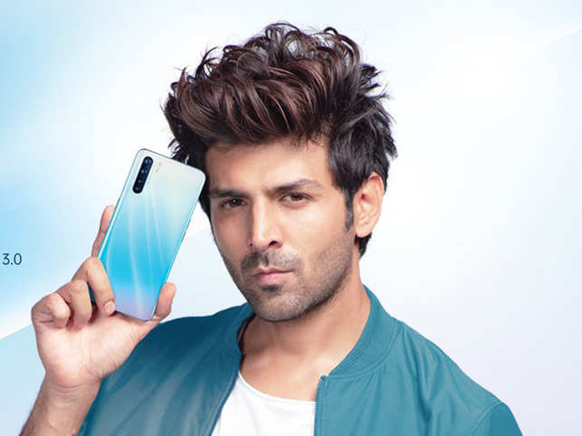 The tech giant updated its cover picture on Twitter which showed actor Kartik Aaryan posing with the phone.