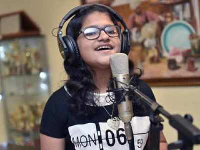 Satish recently launched her second album 'Ya Habibi' in the presence of Malayalam superstar Mammooty and actor Unni Mukundan.