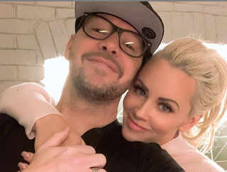Donnie Wahlberg's New Year celebration was about giving back to society, leaves $2020 tip for waitress