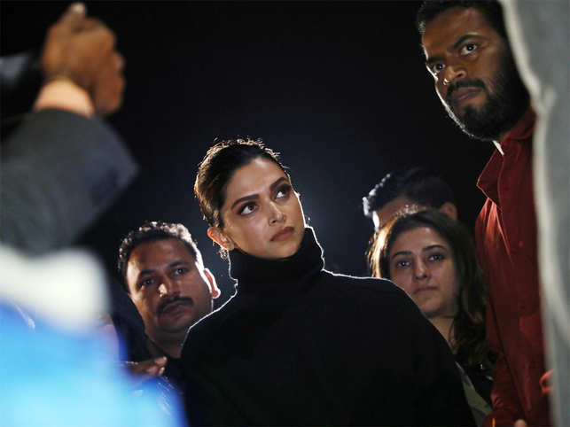 Trolls target, peers stand up for Deepika