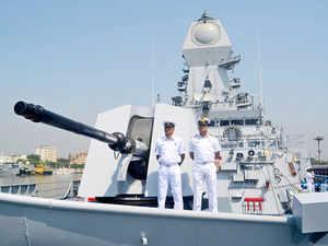 Navy guns_bccl
