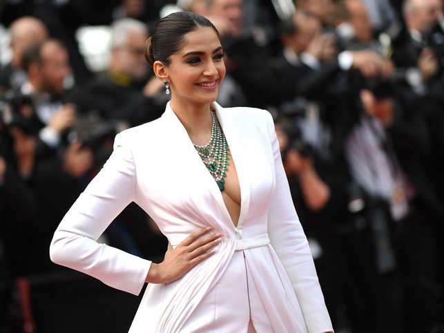 'I was shaking': Sonam Kapoor has a traumatising experience with Uber London, shares ordeal on Twitter