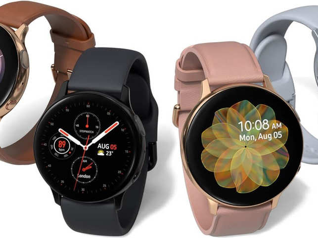 The smartwatch is powered by Samsung's own Exynos 9110 dual-core chipset and packs 1.5 GB of RAM and runs Samsung's own One UI.
