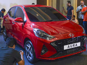 Hyundai launches sedan Aura, prices start at Rs 5.79 lakh