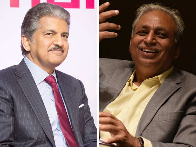 CP Gurnani (right), the MD and CEO of Tech Mahindra, who follows the Mahindra chairman (left) on Twitter, got a chance to reunite with his college friend.
