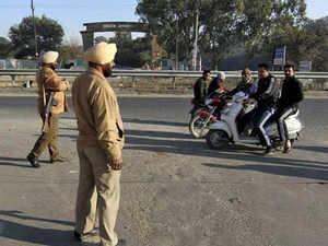 No Canada, Australian visas if you flout traffic rules in Ludhiana