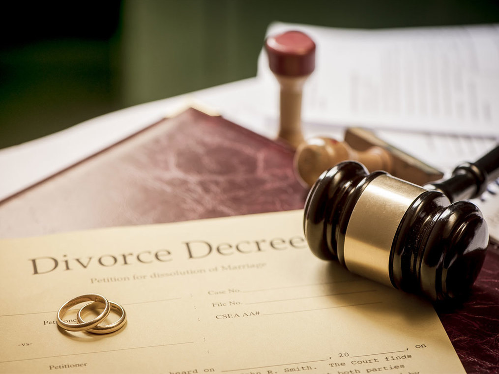 divorce: Marriage and divorce: Women's financial rights - The Economic Times