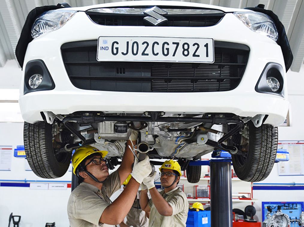 Maruti's woes: puny profit per car, demand for cheaper trims. Inventory push, less discount can help