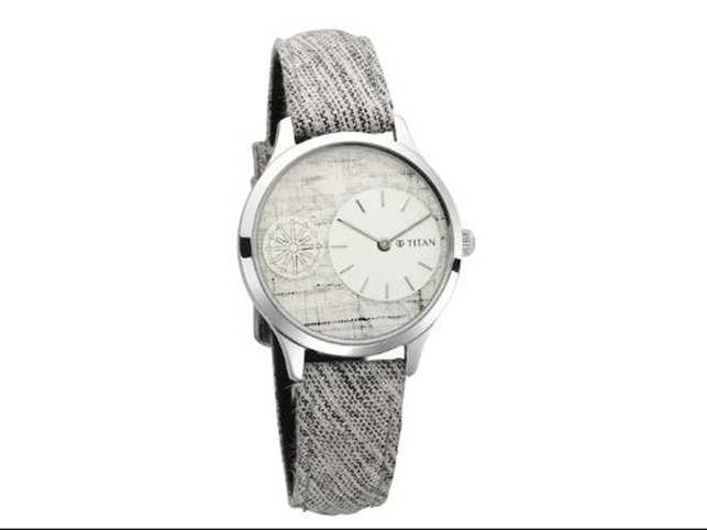 Priced at Rs 5,000 apiece, the watch sports a silver dial displaying the Charkha with the hand woven signature fabric in the background and on the straps.