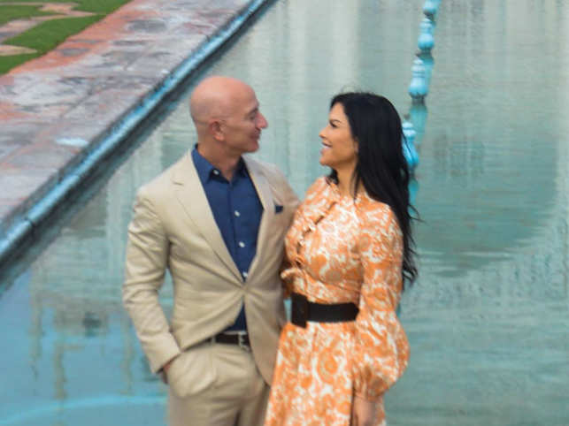 Lauren Sanchez's brother claimed in his suit that Bezos and his security consultant Gavin de Becker falsely and publicly accused him of providing nude photographs of Bezos to the 'National Enquirer'.